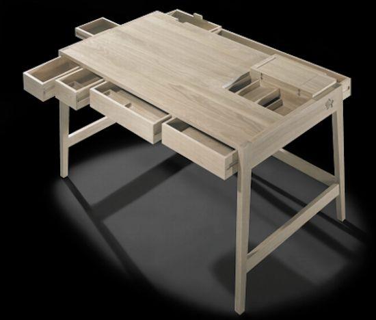 BS 01 Desk by Bruno Serrao
