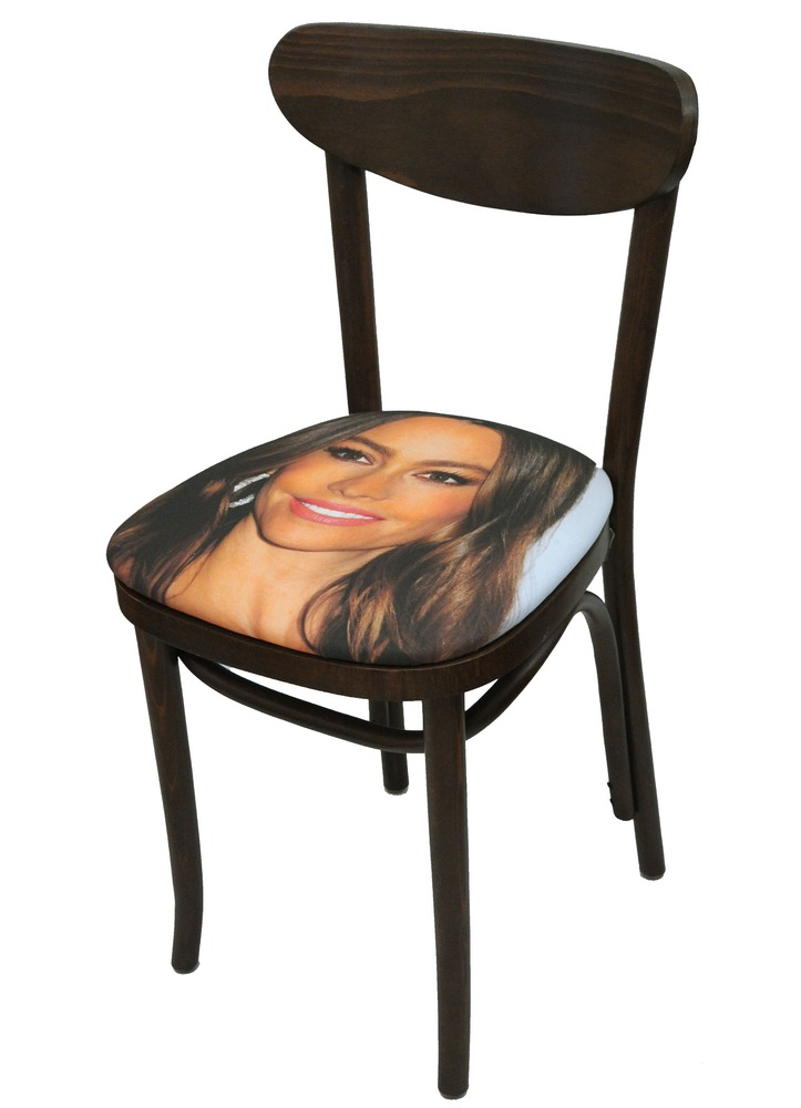 Sit on my Face Sophia Vergara Art Chair