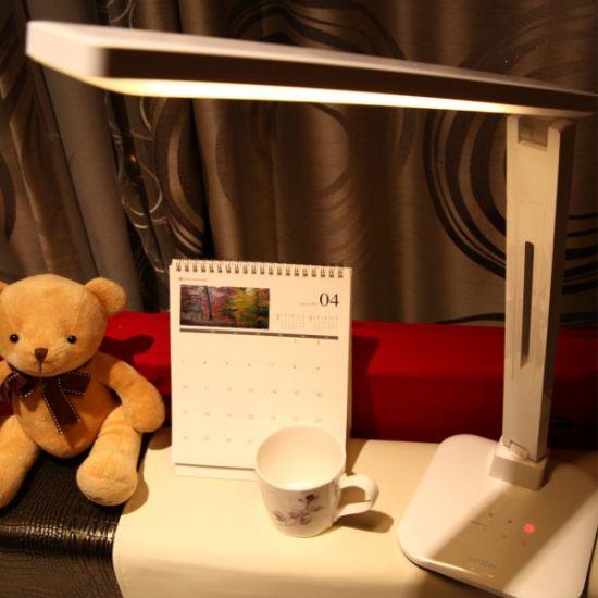 Satechi LED Desk Lamp_11