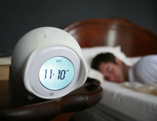 tocky-touch-rolling-alarm-clock-2