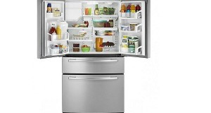 Refrigerator with two-drawer freezer