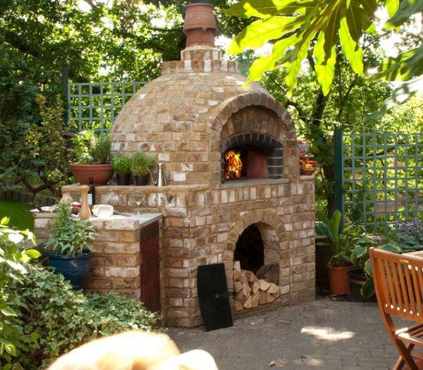 Outdoor brick oven pizza