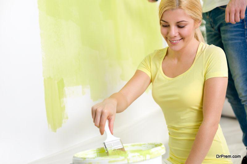Using a brush pot