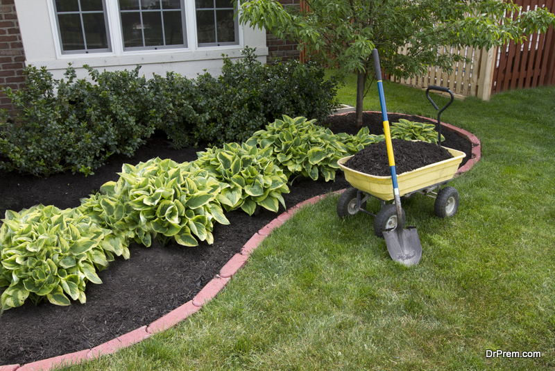 Layer Your Garden With Mulch